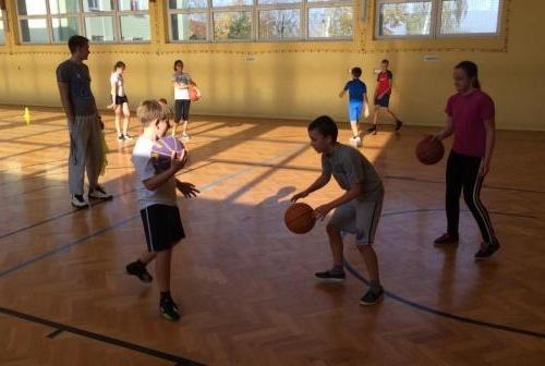 Lekcje pokazowe sekcji koszykówki