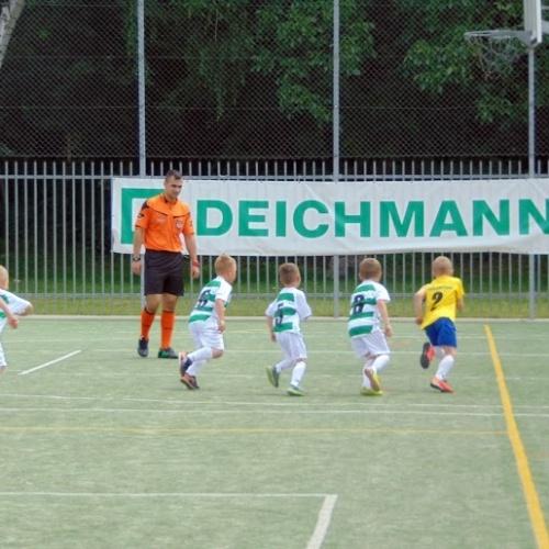 Przedszkolaki na Minimistrzostwach Deichmanna w Lesznie